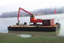 DDG420船吊清淤